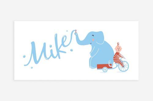 Het geboortekaartje olifant met een vrolijke olifant die achterop de fiets zit van een vrolijke baby